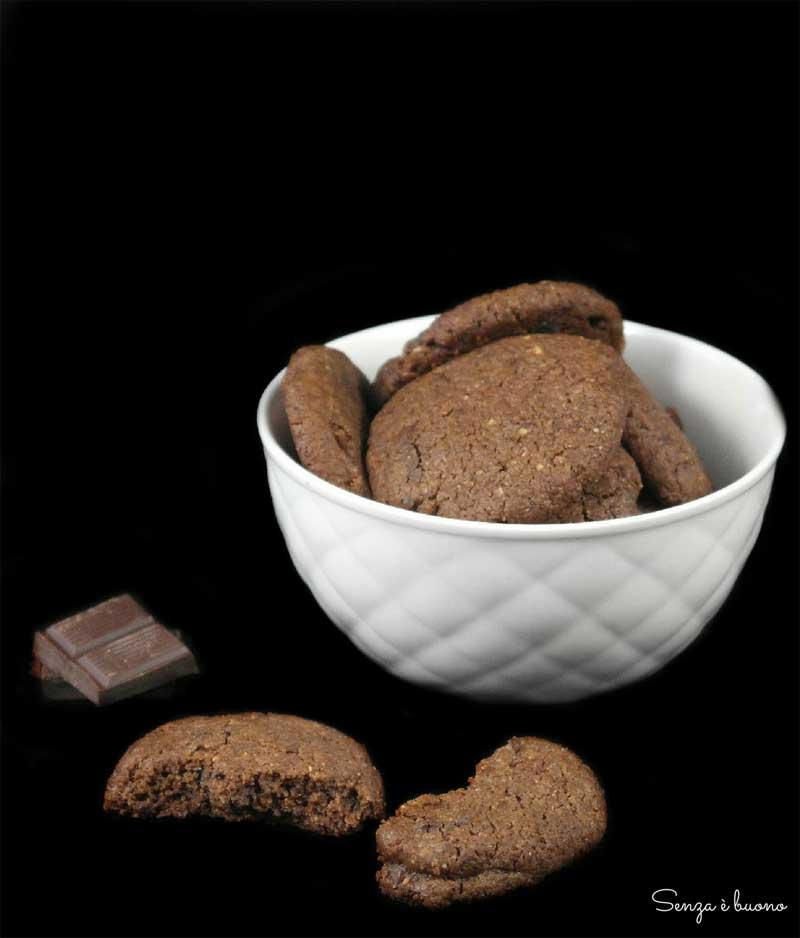 Biscotti proteici al burro di arachidi low carb
