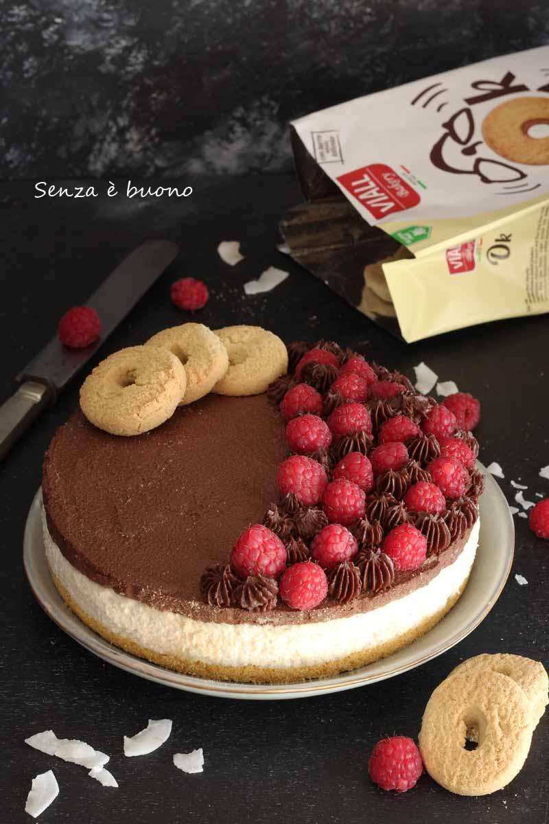 cheesecake senza formaggio con base biscotti senza glutine