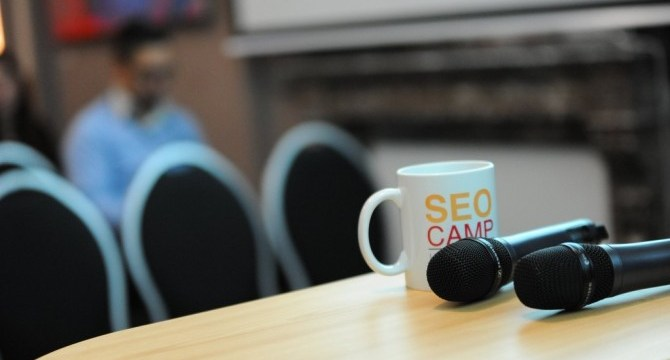 Le SEO Camp recherche son stagiaire commercial pour 4 mois