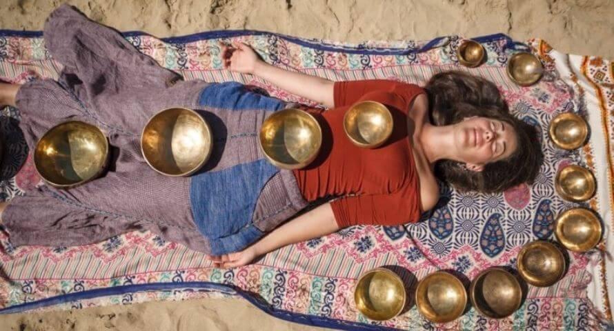 nettoyer ses chakras soi meme avec un bol tibétain