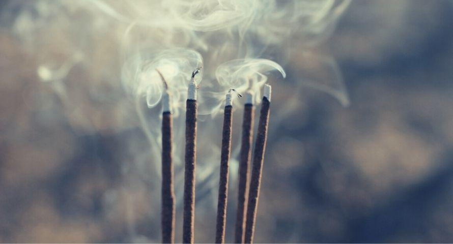bâton d'encens pour l'aromathérapie