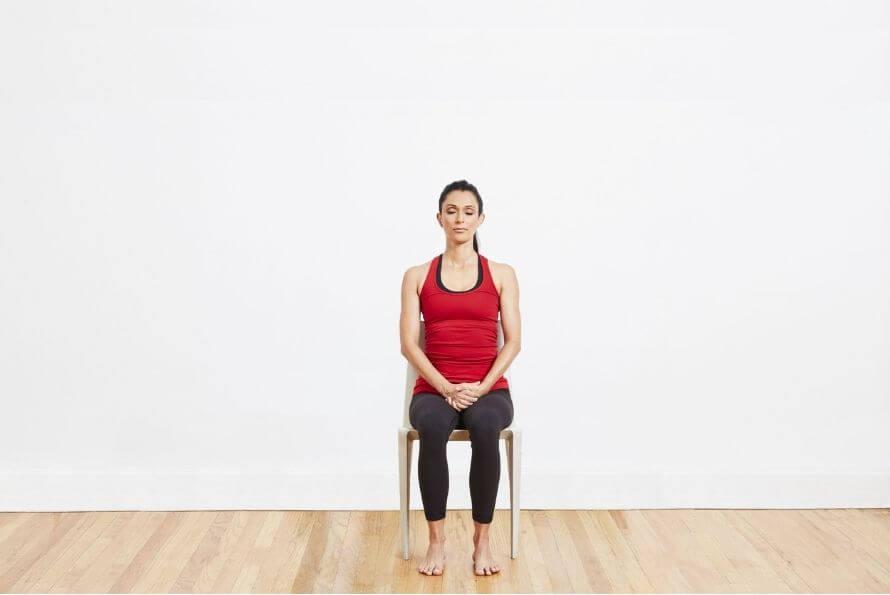yoga sur chaise détente