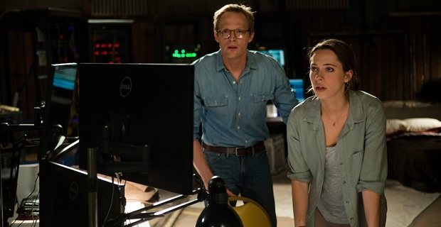 Paul-Bettany-and-Rebecca-Hall-in-Transcendence