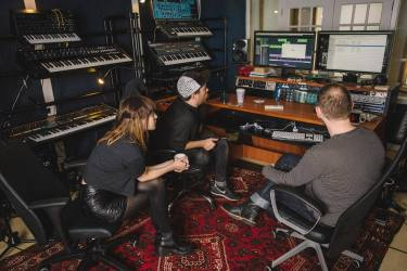 chvrches III studio