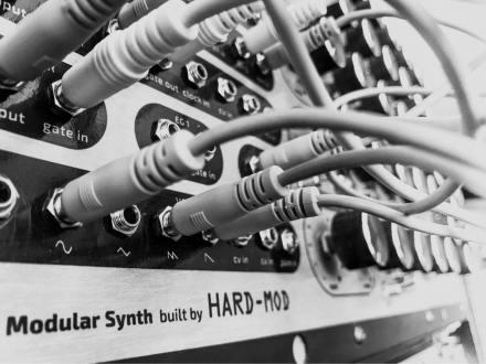 Hard Mod Synth