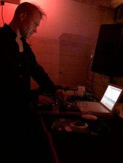 elecrtronic noise live reinraum 827