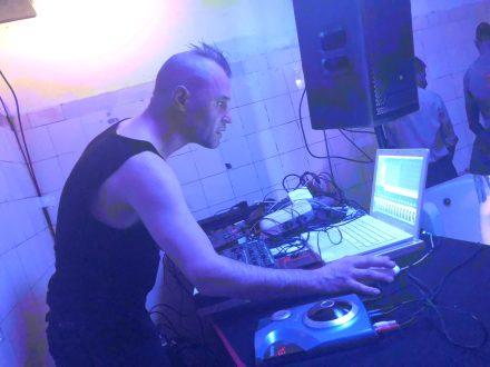 elecrtronic noise live reinraum 865