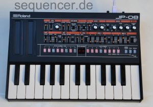Roland Boutique JP08 synthesizer