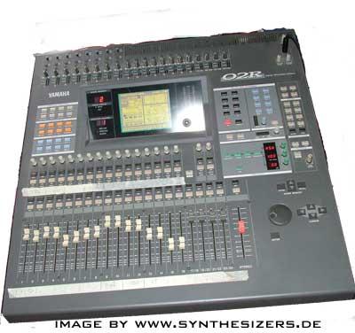 yamaha rx5 drummachine  02R digital mischpult mixing desk