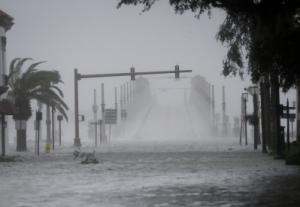 Hurricane Matthew Decimates Haiti, Reaches For Southern States