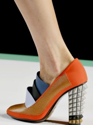 Fendi's knock-out sculptural heels look like Leggos.