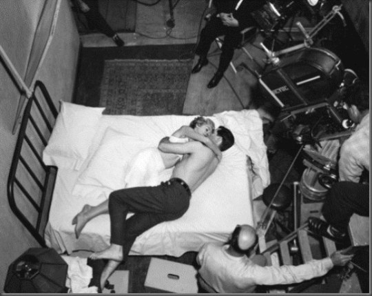 """""""The stronger the evil, the stronger the film."""" """"Alfred Hitchcock Production still of Janet Leigh and John Gavin shooting the opening hotel scene, Psycho."""