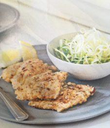 Le Scaloppe di trota alle mandorle sono un piatto a base di pesce molto nutriente