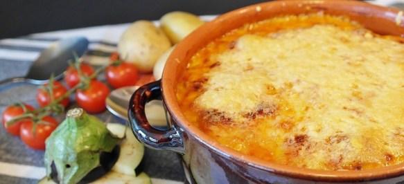 Il gratin di zucchine è un piatto di verdure semplice e gustoso