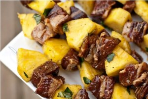 Steak-and-Pineapple-Skewers-2