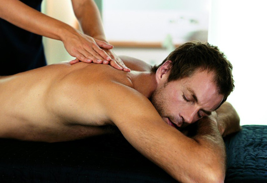 https://i0.wp.com/www.serenitygweedore.com/images/man_massage.jpg