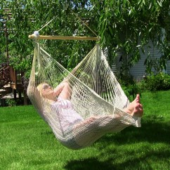 Hanging Lawn Chair Gel Pads For Chairs Sunnydaze Outdoor Mayan Hammock W Wood Spreader Bar