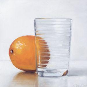 Sinaasappel met glas, olieverf op paneel, 16 x 16 cm, Serge de Vries