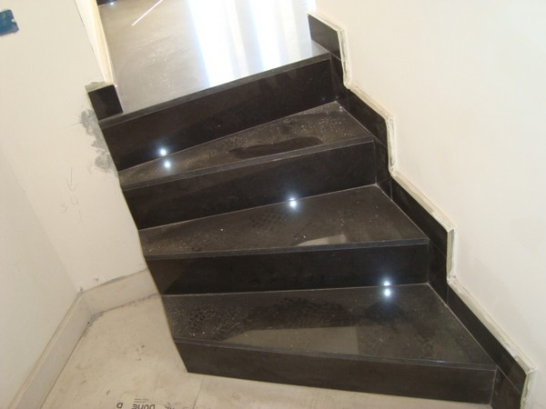 scale  Pietra lavica Lavorazione marmi  Sergio Grasso srl  pietre graniti onici okite