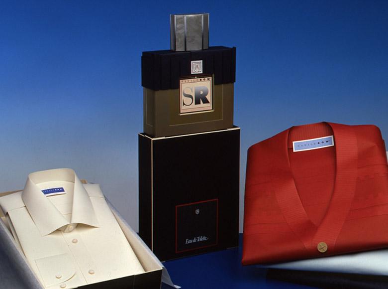 Allestimento fieristico vincitore primo premio al Luxepack Montecarlo (1998)