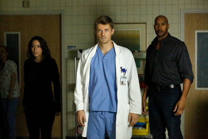 "MARVEL'S AGENTS OF S.H.I.E.L.D. - ""Laws of Nature""  (ABC/Kelsey McNeal) CHLOE BENNET, LUKE MITCHELL, HENRY SIMMONS"