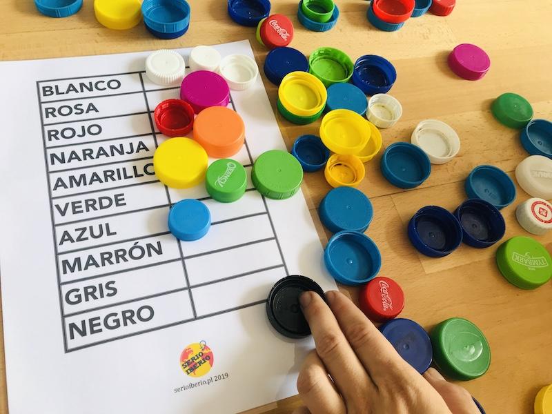 nauka kolorów po hiszpańsku plastikowe zakrętki
