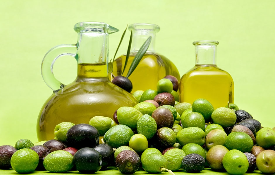 Hair Loss is a big problem for many women so we share how to Prevent Hair Loss With These Five Natural Oils. Natural oils is a cheaper and easier way to go!