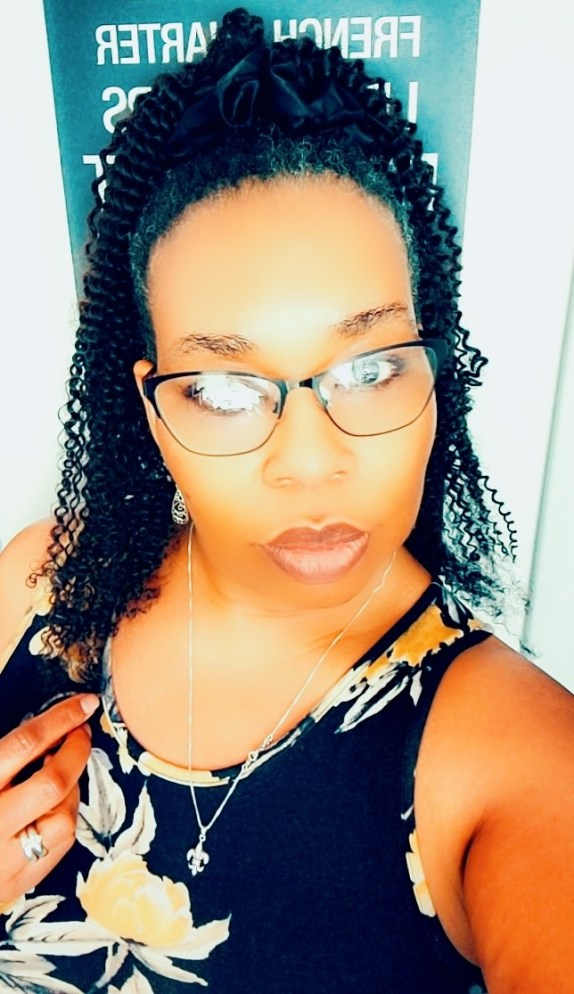 Natural hair ponytail is a popular hair extension that is becoming more popular and I was able to try one from Crown Her Kinks. Check it out!