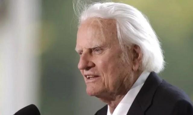 """Billy Graham: """"Os dias de Noé estão voltando à Terra"""""""