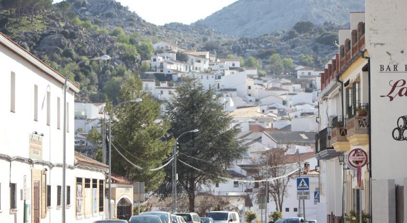 Turismo Rural en Montejaque  Casitas Sierra de Lbar