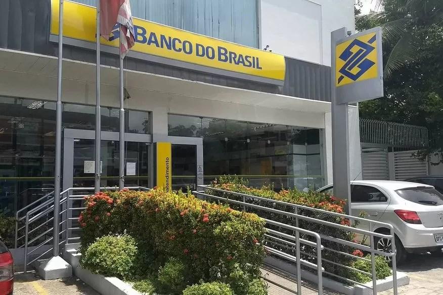 Em protesto ao fechamento de agências, bancários do Banco do Brasil na Paraíba paralisam atendimento ao público