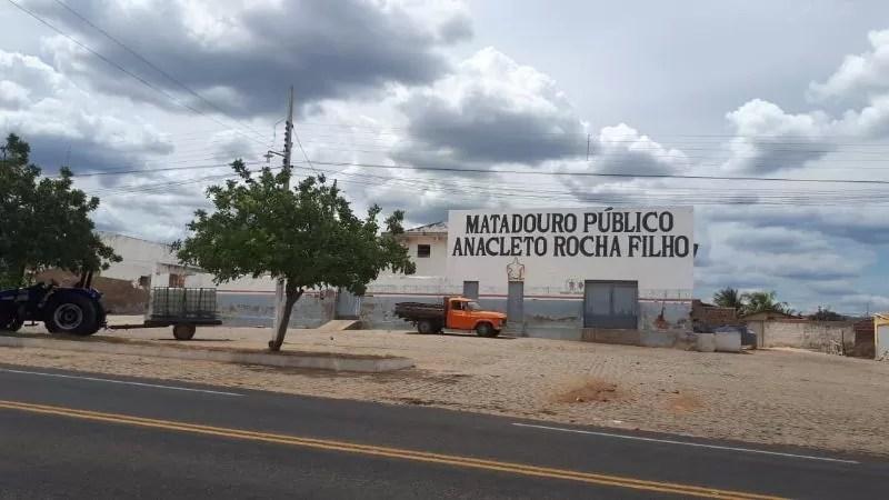 Ministério Público da PB orienta por suspensão das atividades no matadouro público de Catolé do Rocha