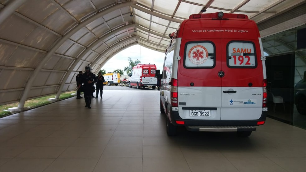 Técnica de enfermagem leva cinco tiros durante tentativa de assassinato em Campina Grande