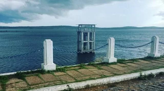 Complexo Coremas-Mãe D'água pega 17 centímetros d'água de ontem para hoje