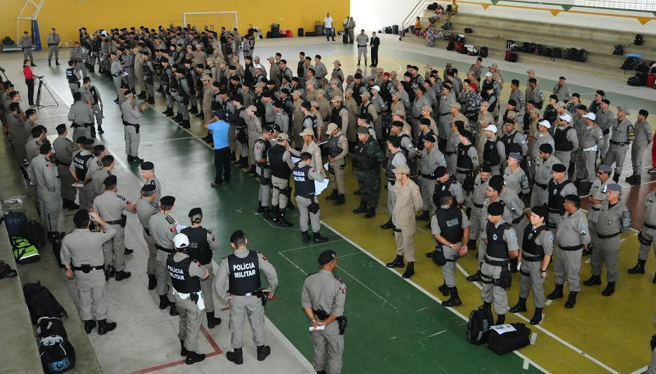 Mais de 900 policiais fiscalizam cumprimento de decreto contra aglomerações na PB