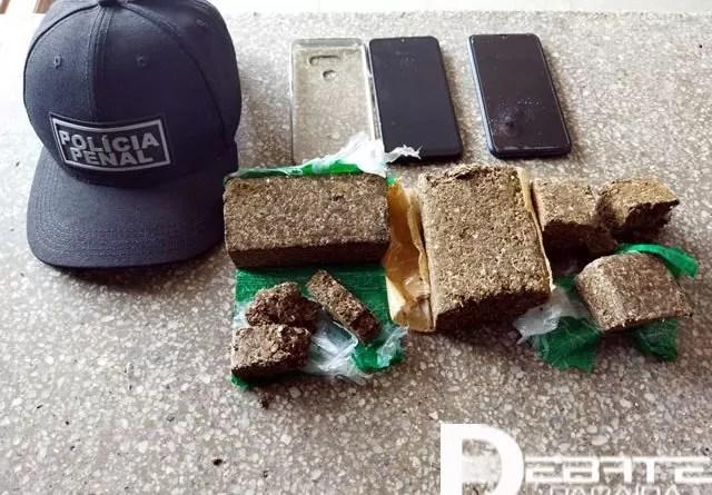 Arremesso de celulares e grande quantidade de droga é interceptado na Colônia Agrícola Penal de Sousa