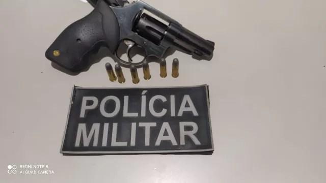 POLÍCIA MILITAR PRENDE HOMEM ARMADO NO MUNICÍPIO DE LAGOA