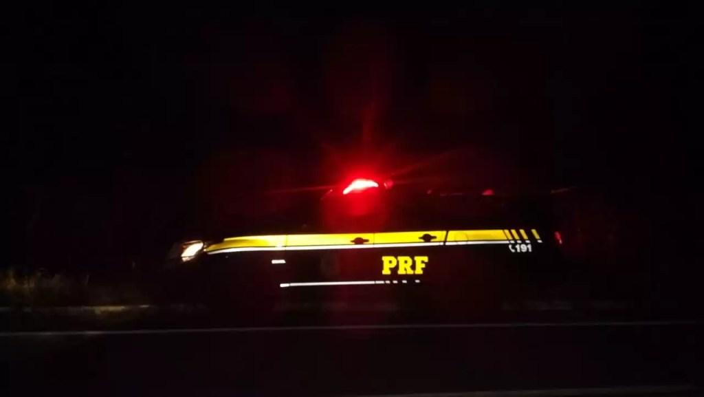 Colisão entre três veículos por pouco não acaba em tragédia na zona rural de Pombal. Confira: