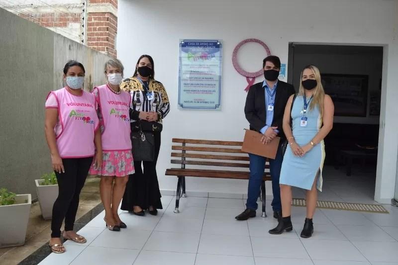 Secretaria de Controle Interno da Prefeitura de Patos faz visita ao Centro de Apoio Amigas Viva a vida
