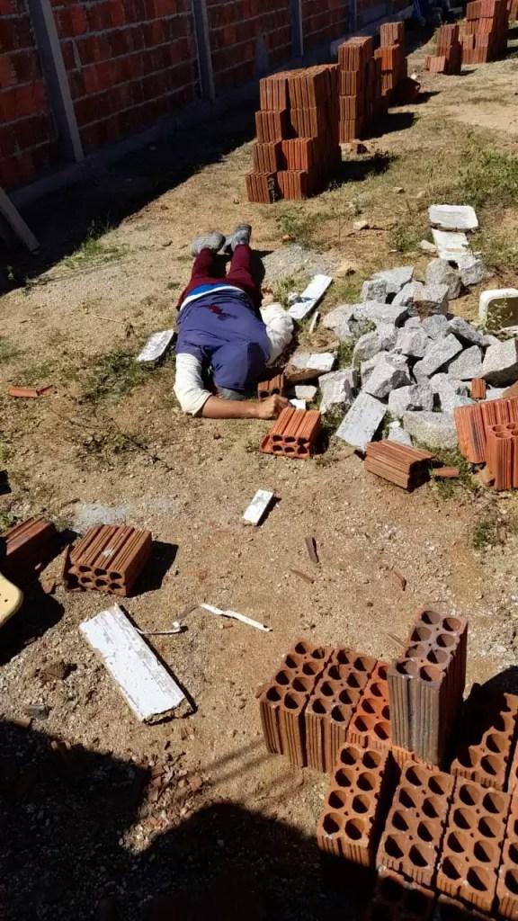 Homem é assassinado com tiros por desconhecidos enquanto trabalhava em construção na cidade de Pombal