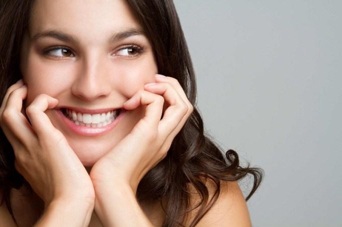 Sudah kah kamu tersenyum hari ini? Gambar via: downloadpolitics.com