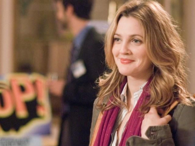 kamu juga pasti akan sering lewat tempat nongkrongnya dia ketika kamu suka sama seseorang. gambar via: www.popbela.com