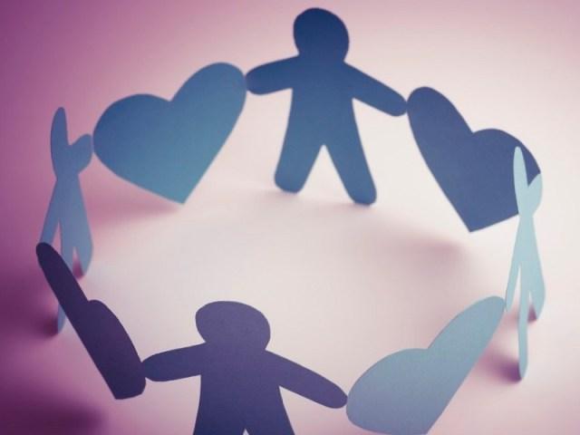 dengan kamu yang pernah menjalin hubungan berkali-kali, kamu akan bertemu orang dengan sifat yang berbeda-beda. dengan begitu kamu lebih bisa memahami orang lain. gambar via: arryrahmawan.net