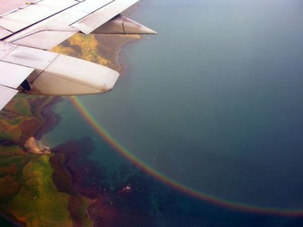 Pelangi dari atas pesawat