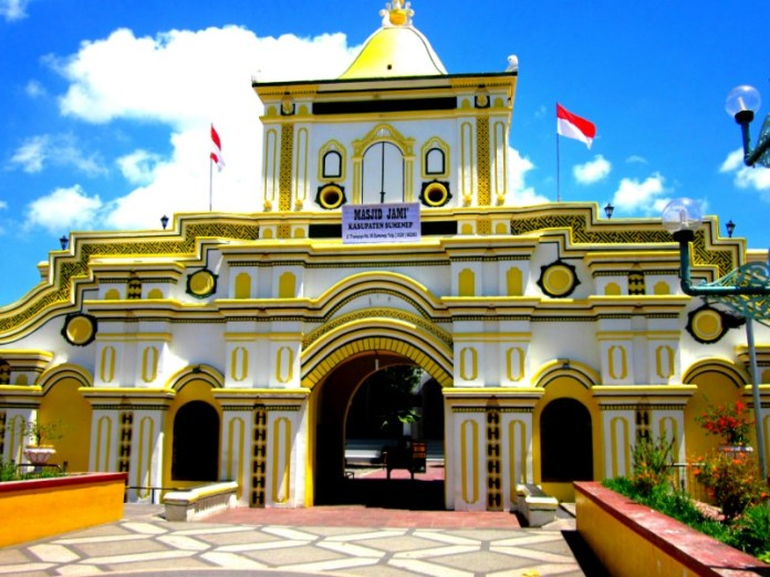 Kombinasi Warna Cat Rumah Hijau Dan Cream  22 masjid terindah yang akan membuatmu terkagum kagum