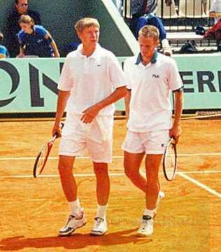 2000 Roland Garros Y. Kafelnikov and Wayne Ferreira