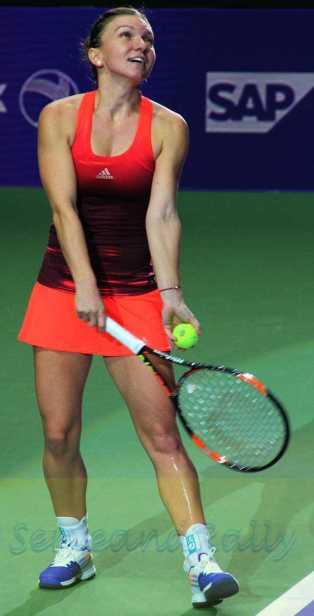 Simona Halep wins