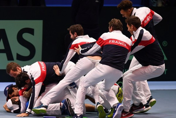 Pouille wins match gives France 10th Davis Cup