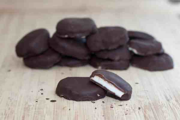 Homemade Peppermint Patties made From Scratch with only 5 ingredients!