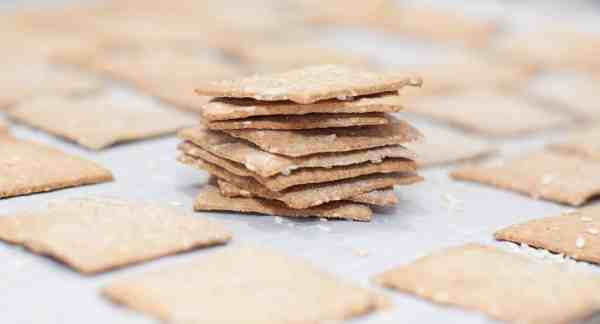Have some sourdough starter you need to use but don't want to make bread? These Sourdough Sesame Rye Crackers are the perfect salty, crunchy, vegan friendly cracker!
